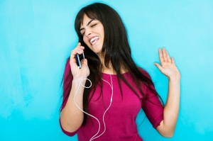 girl_singing